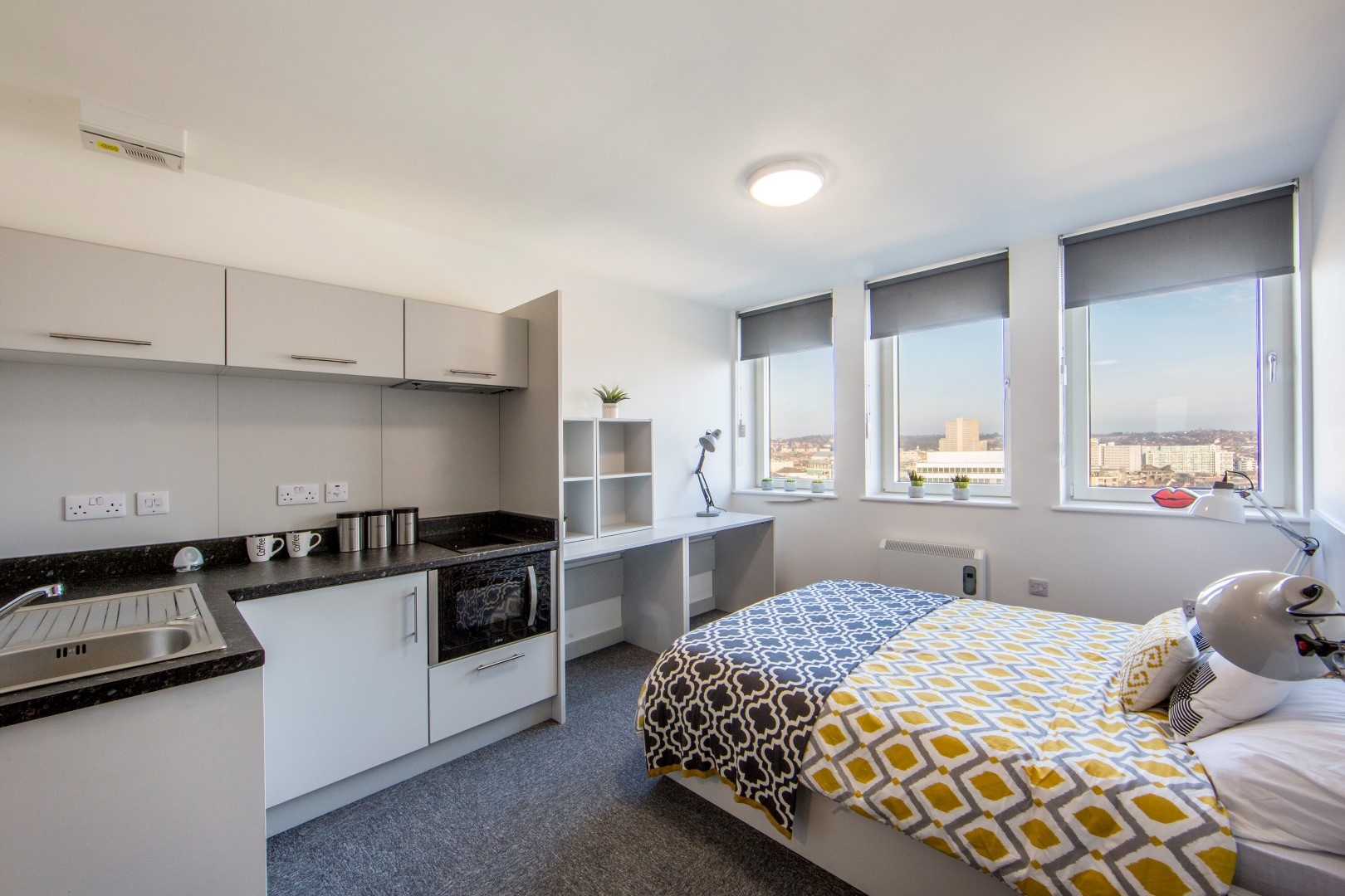 Newtown-House-and-Newland-House-Nottingham-Studio-2-Unilodgers