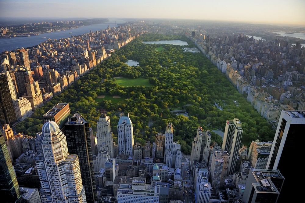 An aerial shot of Central Park and Manhattan in New York City – one of the best cities for college students in the United States.